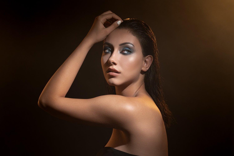 Modelli Ürün Çekimi / Mankenli Ürün Çekimi Fiyat beauty güzellik makeup makyaj fotoğraf cekimi 8